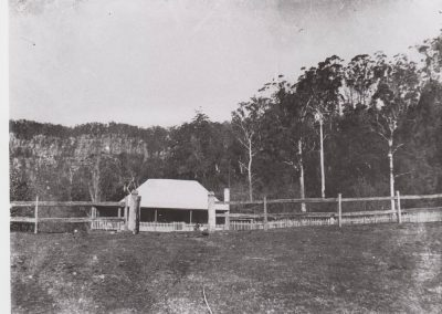 The Thomas Family homestead at Clover Hill 1910. Donated by Joyce Thomas