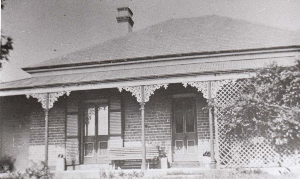 Wentworth Cottage 1955. Donated by Ray Carmody.